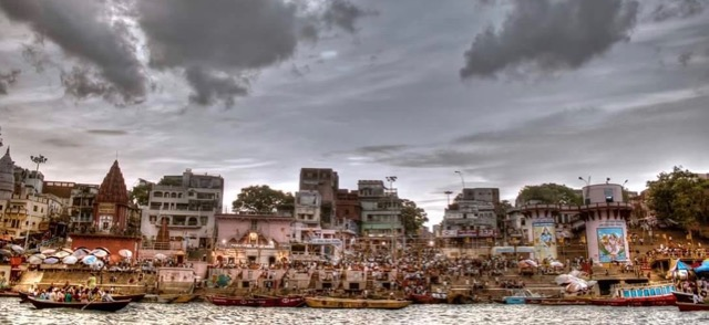 Banaras Photo by Akash Dutt Dubey